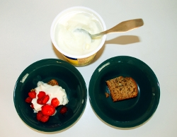 Strawberries with banana bread